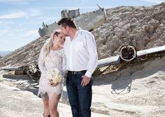 Nothing like a ghost town wedding! #nelsonghosttownwedding #eldoradocanyon #desertwedding #luvbug #lasvegaswedding