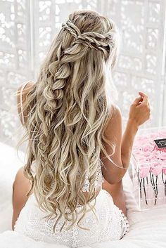 10 pretty braided hairstyles for the wedding - wedding hairstyles with long . - 10 pretty braided hairstyles for the wedding – wedding hairstyles with long hair – - Pretty Braided Hairstyles, Cool Hairstyles, Elegant Hairstyles, Hairstyle Ideas, Hairstyles 2018, Gorgeous Hairstyles, Prom Hairstyles For Long Hair Curly, Latest Hairstyles, Makeup Hairstyle