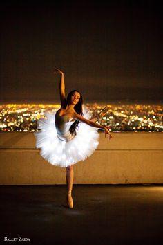 Morgan Quinn, Griffith Observatory, Los Angeles, California - Ballet, балет, Ballett, Ballerina, Балерина, Ballarina, Dancer, Dance, Danza, Danse, Dansa, Танцуйте, Dancing - By Ballet Zaida - http://balletzaida.com
