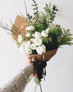 bunch of flowers simply-divine-creation: Lauren Saylor Bunch Of Flowers, My Flower, Fresh Flowers, Beautiful Flowers, Bouquet Champetre, Deco Floral, Flower Aesthetic, Planting Flowers, Floral Arrangements