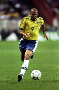 Ronaldo #R9 The reason I play and love soccer