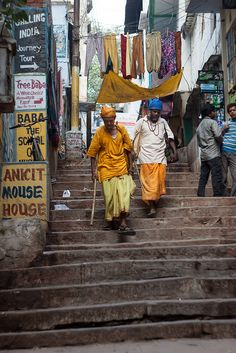 Streets and Ghats of Varanasi。\|/ 。☆ ♥♥ »✿❤❤✿« ☆ ☆ ◦ ● ◦ ჱ ܓ ჱ ᴀ ρᴇᴀcᴇғυʟ ρᴀʀᴀᴅısᴇ ჱ ܓ ჱ ✿⊱╮ ♡ ❊ ** Buona giornata ** ❊ ~ ❤✿❤ ♫ ♥ X ღɱɧღ ❤ ~ Fr 27th March 2015