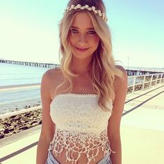 Reason one why summer is awesome. We get to wear tops like this
