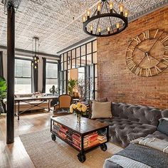 Vintage Industrial Design Ideas For Your Loft Warm Industrial, Industrial House, Industrial Style, Industrial Design, Vintage Industrial Furniture, Loft Spaces, Home Interior Design, Decor Styles, Beautiful Homes