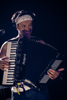 I love your face, Ben Lovett.