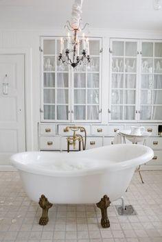 gold claw foot tub