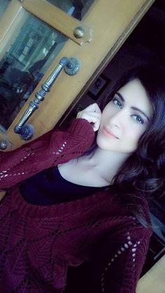 Simple Beauty on Pakistani Girl, Pakistani Actress, Stylish Dpz, Stylish Girl, Amazing Dp, Very Pretty Girl, Pretty Girls, Beautiful Dresses For Women, Girls Selfies