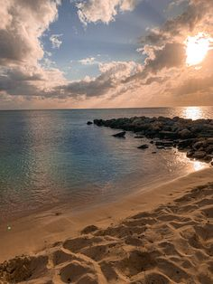 Sunset on the beach in Princess Cays, Bahamas College Trends, New Travel, Gypsy Soul, Southern Belle, Golden Hour, Traveling, Wanderlust, Sunset, Princess