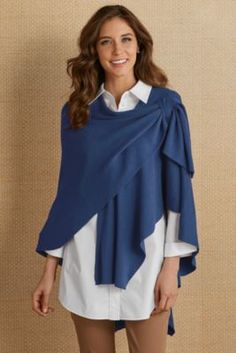 Stassi Wrap - Stassi Wrap from Soft Surroundings Source by - Hijab Fashion, Diy Fashion, Love Fashion, Ideias Fashion, Fashion Dresses, Womens Fashion, Fashion Design, Ropa Upcycling, Mode Kimono