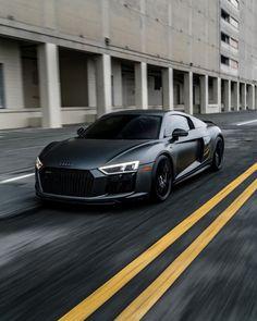 Audi … - Cars and motor Audi R8 V10, Rs6 Audi, Allroad Audi, Audi Tt, Luxury Sports Cars, Sport Cars, Porsche, Fancy Cars, Cool Cars