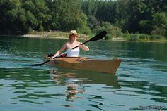 http://blueriverkajak.com/wooden_kayak_en/wooden%20kayak%20044%20en%20beginner.JPG