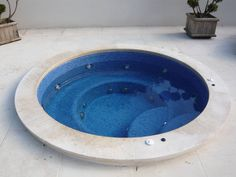 Plant Rooms, Room With Plants, Pool Plants, Small Yard Landscaping, Soaking Tubs, Jacuzzi Outdoor, Daylesford, Arbors, Hot Tubs