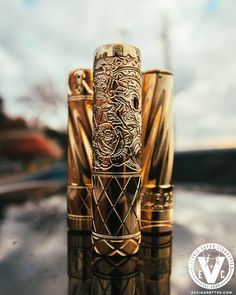 """So you wanna rumble with the Suicide King? No worries, we brought backup...not that it needs it! The LE Suicide King 20700 Mech Mod by Purge Mods can't be touched! You'll first have to prove yourself by surpassing its brethren in the Twiztid 20700 & King 20700 Mech Mods. As the saying goes, """"If you can't beat 'em, join 'em!"""" Only 500 SK 20700 Mech Mods will be made, and it's male tube can be used on the female tubes of previous Hagermann designed 18650 Purge Mods to make them 20700…"""
