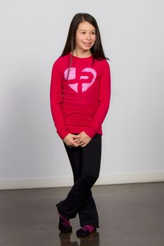 Super cute JP outfit for girls and teens! comfy and cozy too! Pink and black, Joshua Perets Girl Outfits, Fashion Outfits, Fashion Trends, Urban Looks, Girl Fashion, Womens Fashion, Color Mixing, Super Cute, Graphic Sweatshirt