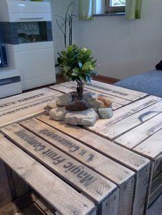 Couchtisch aus alten Obstkisten Table, Furniture, Home Decor, Homemade Home Decor, Tables, Home Furnishings, Interior Design, Home Interiors, Desk