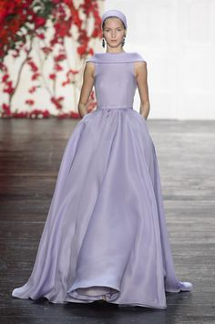 Simply beautiful lavender ball gown by Naeem Khan @ New York Fashion Week Spring Summer '16 #fashionweek #naeemkhan #rendezvousdelamode #couture #evening #ballgown #lavender #highneck #bateau