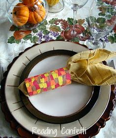 Thanksgiving Napkin Rings from Reading Confetti