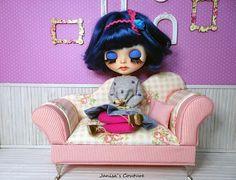 Blythe custom Doll OOAK Sleepy Eyes, Custom Dolls, Freckles, Blythe Dolls, First Photo, Minnie Mouse, Couture, Baby Dolls, Accessories