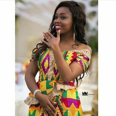 Look Stunning, Slinky & Hot With The Latest Kente Styles Latest African Fashion Dresses, African Dresses For Women, African Attire, African Clothes, Ghana Fashion, Africa Fashion, African Print Wedding Dress, Engagement Dress For Bride, Star Fashion