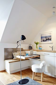 This Studio Kitchen Has a Smart and Surprising Hidden Feature with a small home office space built in — Small Space Living Small Space Living Room, Table For Small Space, Small Space Kitchen, Furniture For Small Spaces, Small Rooms, Small Apartments, Living Room Furniture, Apartment Furniture, Multifunctional Furniture
