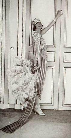 Art Deco Elegance - Authentic 1920s Style Inspiration - Photos