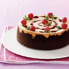 Sweets for Valentine's Day on Pinterest | Women Day, Valentine Cake ...