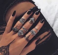 Set Of Painted Black Glossy Stiletto Nails