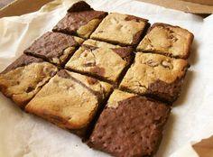 Omlet w wersji cake łaciaty   Skład: - 7 białek jaj, - 150g twarogu chudego, - 25g izolatu czekoladowego, - 50 g mąki orkiszowej, - proszek do pieczenia, ciemne kakao, aromat nugatowy, słodzik W jednej misce robię jasną, a w drugiej ciemną masę, następnie wlewam do formy  180°C na 25-30 min i gotowe   Snap: wojtekpiela #cake #bodybuilder #bodybuilding #foodpics #foodpornography #breakfast #yummy #fit #fitnessaddict #fitness #foodgasm #foodporn #f4f #redukcja #gym #polishboy #goodm...