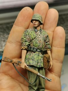 Military Figures, Military Diorama, Germany Ww2, German Uniforms, Model Tanks, Military Modelling, Toy Soldiers, Art Model, Zeppelin