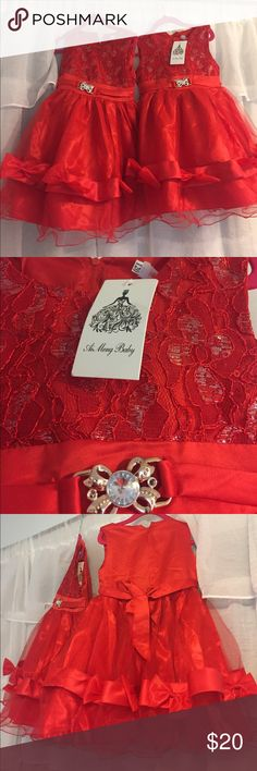 Ai Meng pair of Red dresses with tags for twins!! Red Ai Meng Dresses (pair of two) shoulder 9 inches, waist 10, hip 12, back 22 inches I would GUESS 4t Ai Meng Dresses Formal