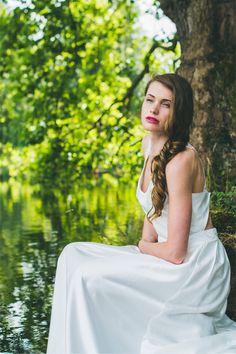 Les robes de mariée d'Adeline Bauwin - Collection 2016 | Modèle: La Rayonnante | Crédits: Cécile B.Photographies | Donne-moi ta main - Blog mariage