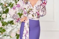 Rochie StarShinerS mov office din stofa elastica tip creion cu decolteu in v Floral Tops, Women, Fashion, Green, Moda, Top Flowers, Fashion Styles, Fashion Illustrations