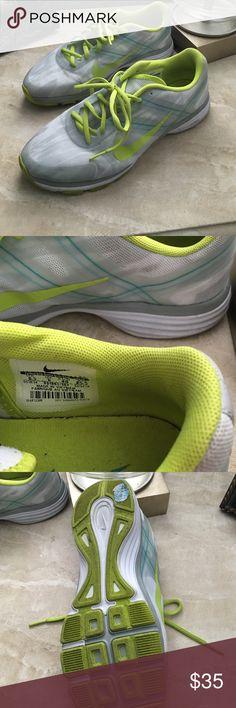 Nike dual fusion Nike dual fusion Nike Shoes Athletic Shoes