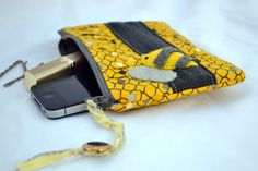 Bumble bee pleated Clutch Purse zippered Pouch by ValkinThreads, $28.00    #clutch #purse #makeupbag #cosmeticbag #bumblebee #summer #accessories #style