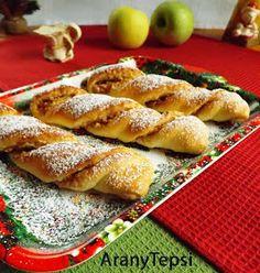 AranyTepsi: Almás csavar Bread Recipes, My Recipes, Baking Recipes, Cake Recipes, Hungarian Desserts, Hungarian Recipes, Sweet Cookies, Cake Cookies, Ital Food