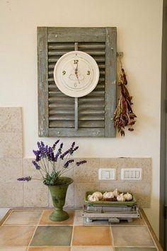 Dishfunctional Designs: Upcycled: New Ways With Old Window Shutters    I've got the perfect clock for this look