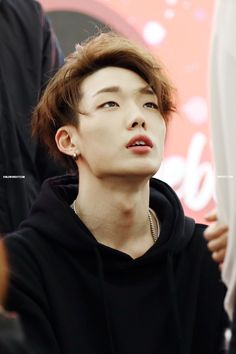 Find images and videos about Ikon and bobby on We Heart It - the app to get lost in what you love. Mix And Match Ikon, Kpop, Taehyung Gucci, Kim Ji Won, Double B, Mobb, Life Is Hard, K Idols, Celebrity Crush