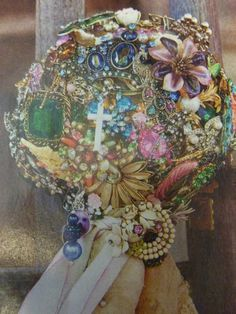 Miranda Lambert Wedding Bouquet. Inspiration!