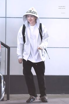 Fashion Idol, Japan Fashion, Pop Fashion, Baekhyun, Chanbaek, Airport Style, Airport Fashion, Kpop Exo, Exo Members