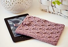 Ravelry: Kindle Cover pattern by Mon Petit Violon