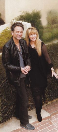 Stevie Nicks & Lindsey Buckingham my favorite couple Stevie Nicks Lindsey Buckingham, Buckingham Nicks, Members Of Fleetwood Mac, Stephanie Lynn, Stevie Nicks Fleetwood Mac, Her Style, Her Music, My Idol, Rock And Roll