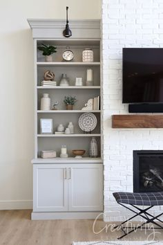 2019 Salt Lake Parade of Homes Recap Cabinet color is Sherwin Williams Repose Gray Painted Brick Fireplaces, Grey Fireplace, Fireplace Design, Fireplace Ideas, Sw Repose Gray, Black Tile Bathrooms, White Built Ins, Reclaimed Wood Floating Shelves, Bookshelves Built In