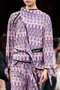 Stella McCartney Fall 2020 Ready-to-Wear Fashion Show | Vogue Fashion Days, Fashion Show, Womens Fashion, Vogue Paris, Stella Mccartney Tennis, Floral Dress Outfits, Dresses, Tennis Fashion, Models