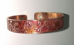 copper magnetic slave bracelets and link bands, stainless steel and scalar pendants, magnetics rings and much more healing products at great prices. Health Bracelet, Slave Bracelet, All Brands, Magnets, Jewelry Bracelets, Pandora, Bands, Copper, Roses