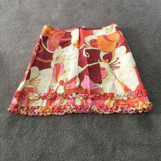 Vintage Nanette Leopore mini skirt Cutest Nanette Leopore mini skirt is made of a cotton linen blend. This skirt is so much fun to wear! Nanette Lepore Skirts Mini
