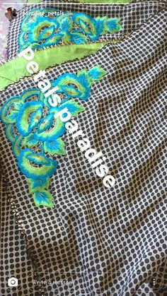 Loving dis.....punjaban#try New Cutwork Embroidery, Embroidery Fashion, Embroidery Dress, Salwar Suit Neck Designs, Neck Designs For Suits, Punjabi Suits Designer Boutique, Boutique Suits, Embroidery Suits Punjabi, Embroidery Suits Design