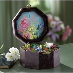 Lighted Flower Garden Music Box