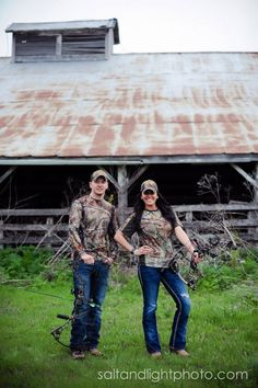 Country Engagements | Realtree Camo & Bows #realtreecamo #camoengagement