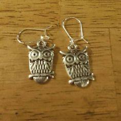 New make gorgeous owl earrings £5.99