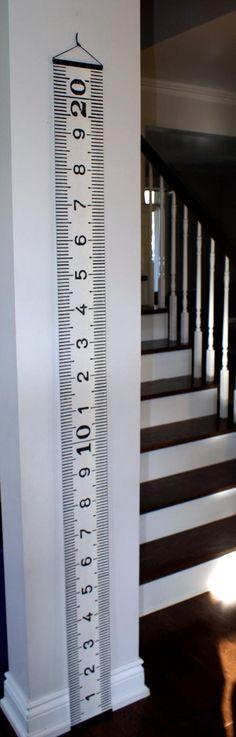 L'échelle de croissance en centimètres pour enfants. #toise